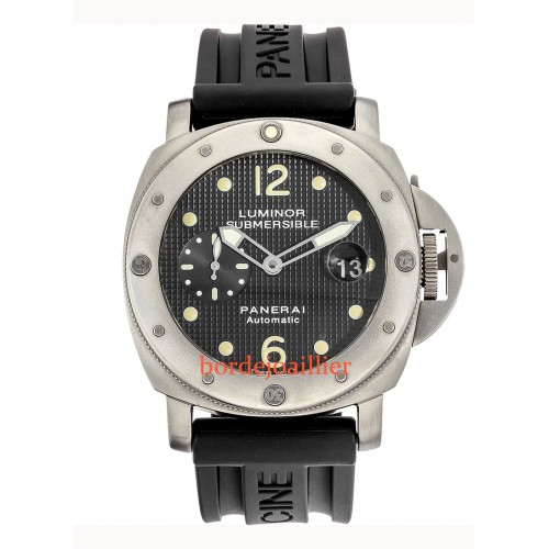 Luminor Submersible PAM00025